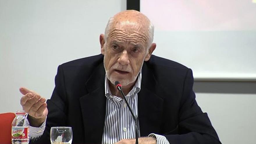 El profesor de Historia Económica de la Universitat de València Joaquín Azagra
