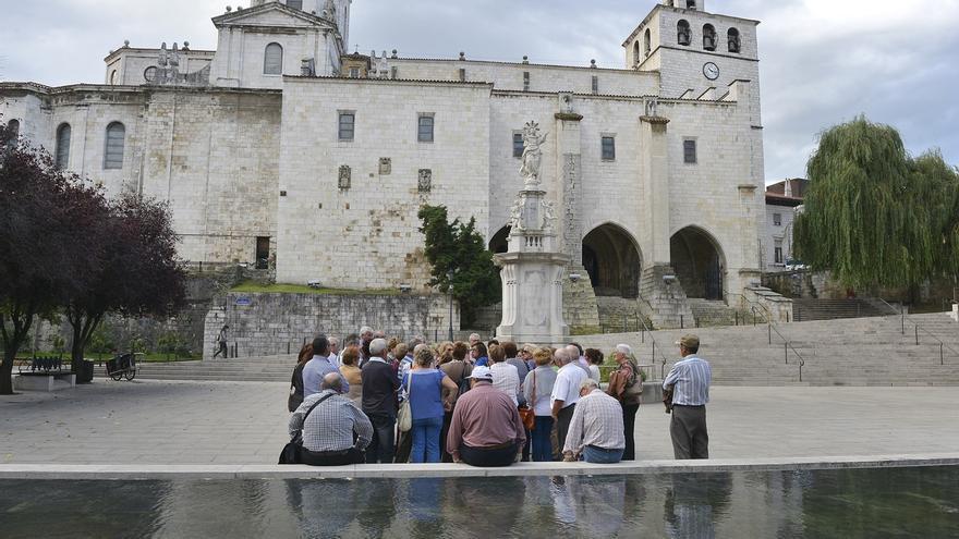 Santander pondrá en marcha un dispositivo especial de turismo por el Puente de La Constitución