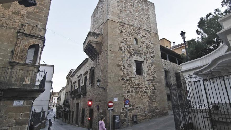 Ateneo Caceres sede edificio