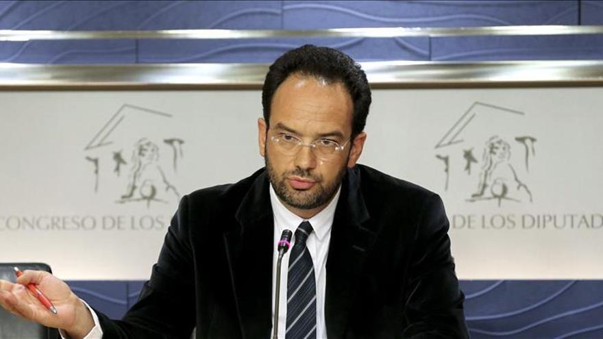 """Hernando (PSOE) pide a todos la """"máxima responsabilidad"""" para investir a Díaz"""