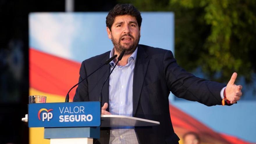 """López Miras pide al PP centrarse y no """"enredarse en lo que dicen otros"""""""