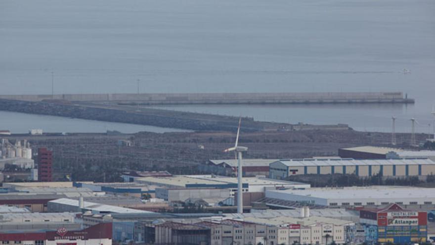 Vista del muelle y la ZEC colindante. (QUIQUE CURBELO)