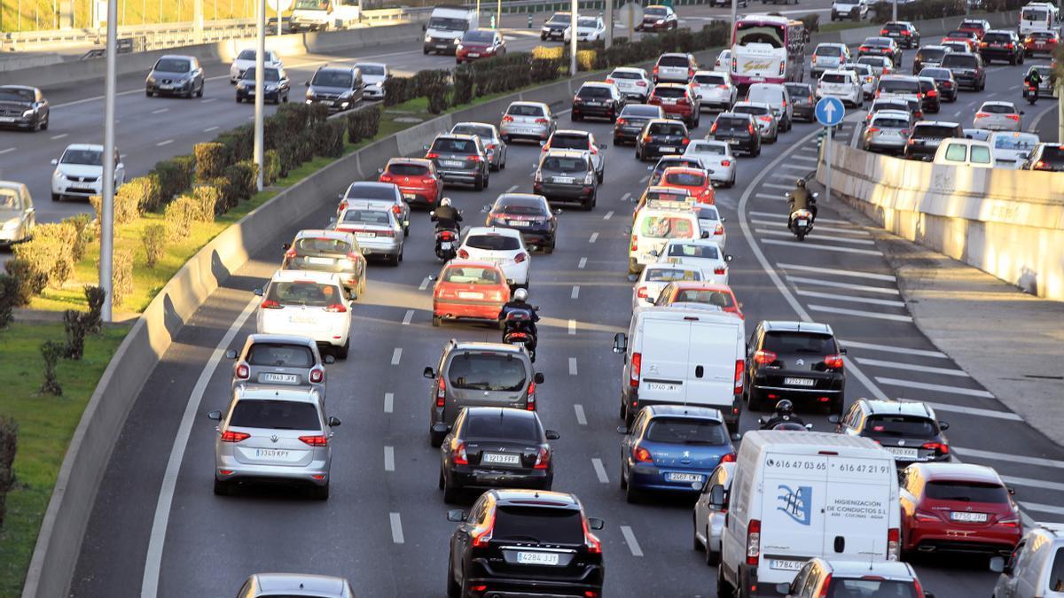 El transporte urbano, uno de los grandes contaminantes en las ciudades