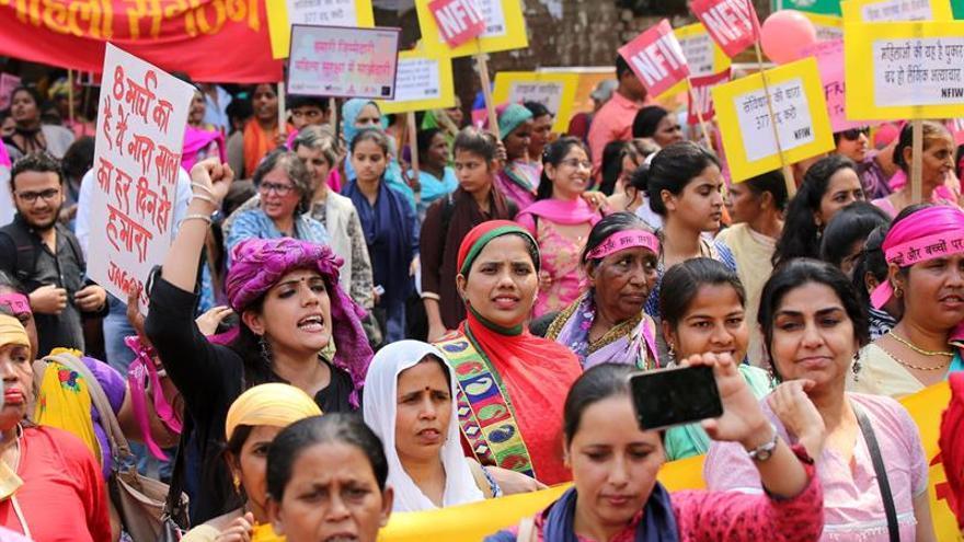 Manifestaciones contra las agresiones sexuales por Día de la Mujer en India