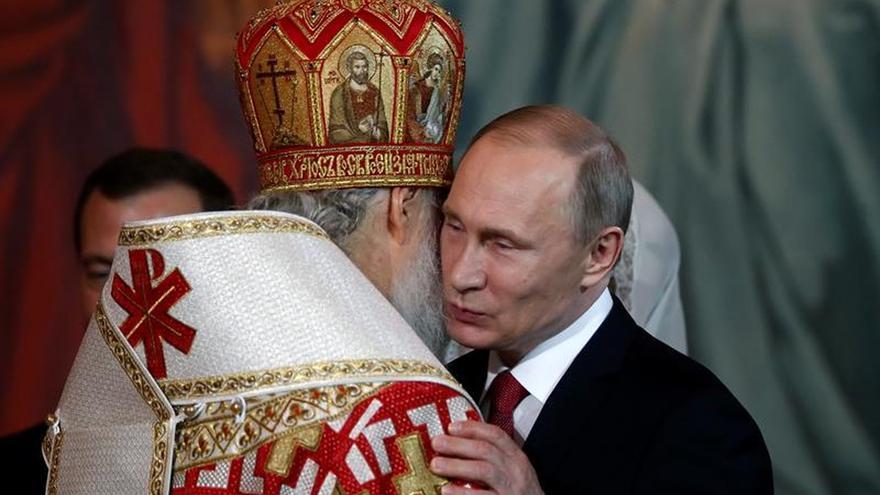 Putin felicita a los rusos con la Pascua Ortodoxa