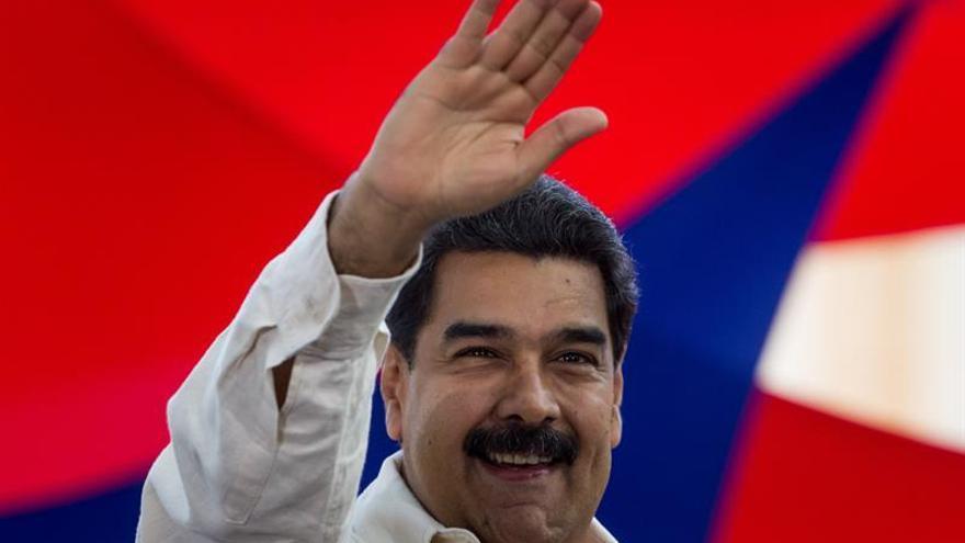 Maduro felicita a EE.UU. por su independencia y ratifica su voluntad de diálogo