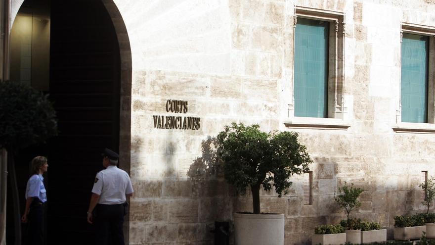 Morera pide una reunión a Montoro para trasladarle los acuerdos de las Corts valencianas sobre inversiones en los PGE
