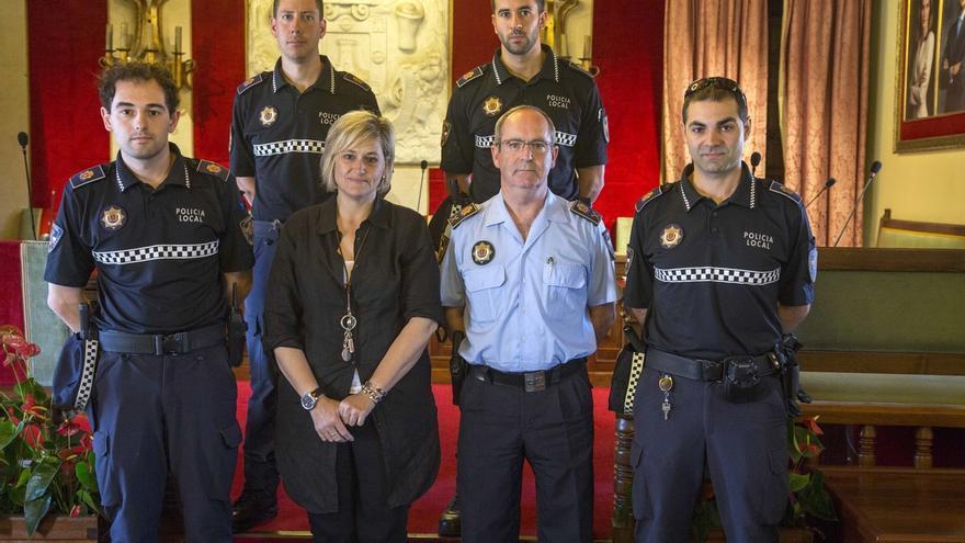 Cuatro agentes de la Policía Local toman posesión como funcionarios de carrera