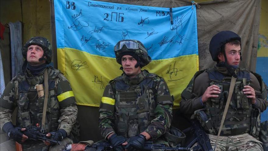 Al menos cinco militares muertos en combate en el este de Ucrania
