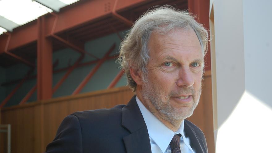 Robert Pollin, economista y escritor.