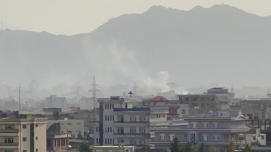 Los talibanes aseguran que la explosión que mató a cinco personas fue guiada por EEUU