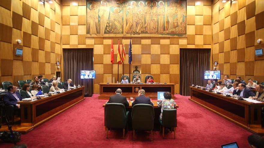 Pleno del Ayuntamiento de Zaragoza. Foto: Ayuntamiento de Zaragoza.