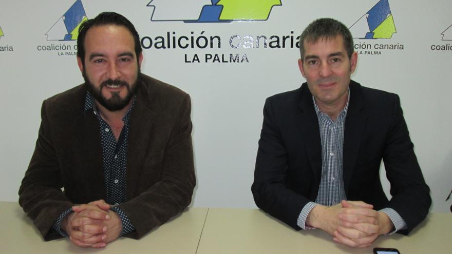 Marcos Lorenzo, secretario de Organización de CC, y Fernando Clavijo. Foto: LUZ RODRÍGUEZ.