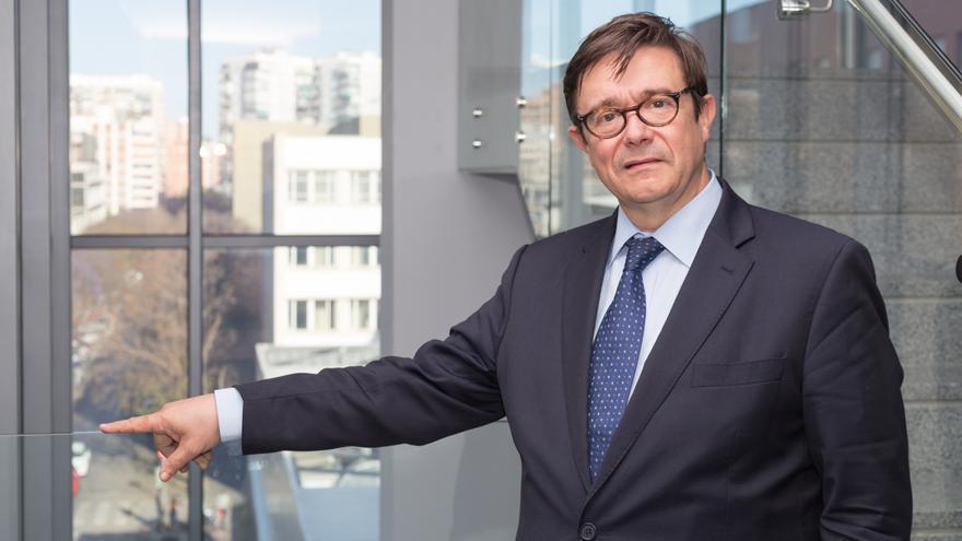 El doctor Andrés Cervantes, jefe del servicio de Oncología Médica del hospital Clínico Universitario de València