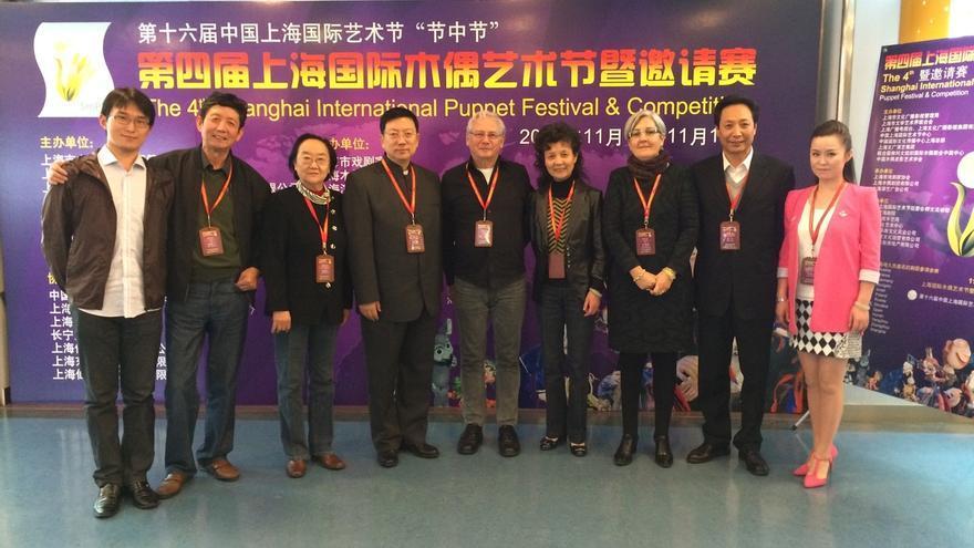 La directora del TOPIC de Tolosa participa como jurado en el Festival de Marionetas de Shanghai
