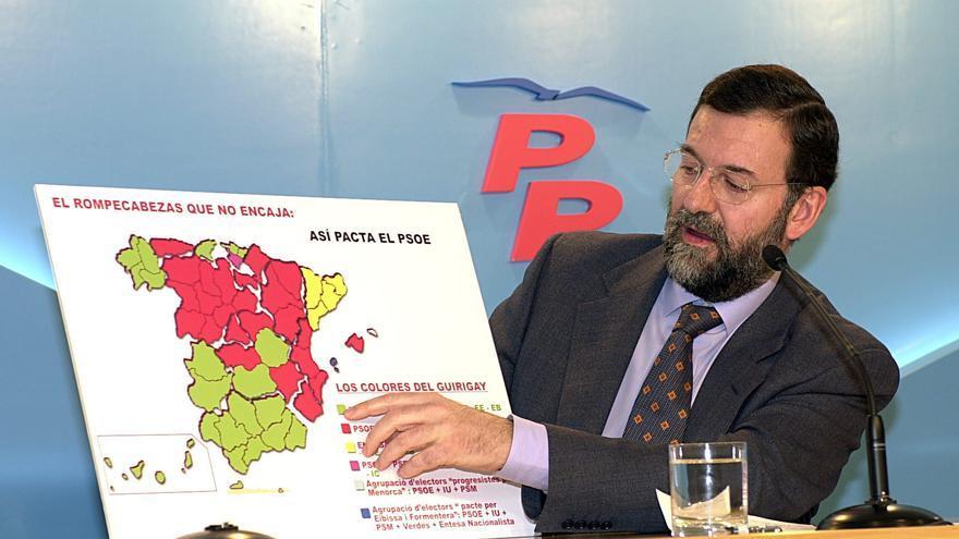 Mariano Rajoy, durante la presentación de la campaña del PP para las elecciones del 12 de marzo del 2000