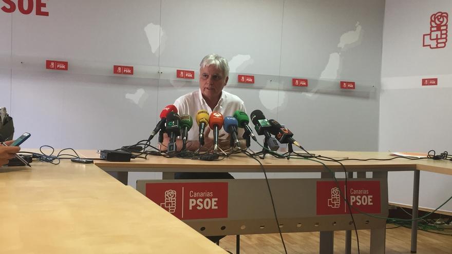 """Pérez (PSOE) dice que ha actuado """"lealmente"""" y que dimitió al no estar de acuerdo con el """"cambio"""" de prioridades"""