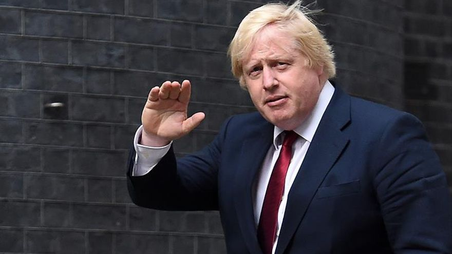 """Johnson confía en el """"éxito"""" de la relación británica con Europa"""