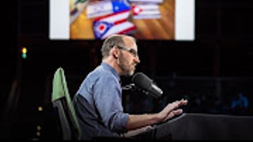 Las charlas TED obligan a mser ingenioso y atractivo para los espectadores en muy poco tiempo.