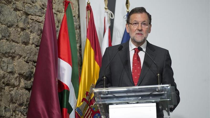 Rajoy lamenta el accidente y garantiza total apoyo a familias de las víctimas