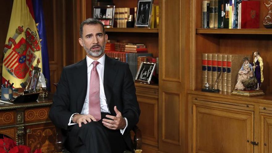 Felipe VI escoge su despacho en Zarzuela para el mensaje navideño