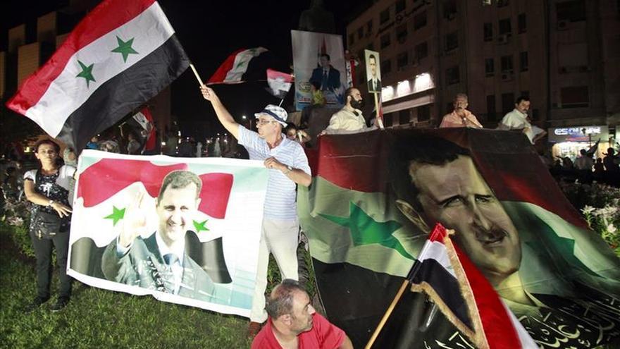 Riad advierte a Al Asad de que tiene dos opciones para abandonar el poder