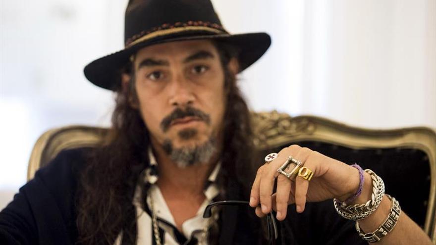 """Óscar Jaenada presenta la realidad inmigrante de """"The White Room"""" en Ibiza"""