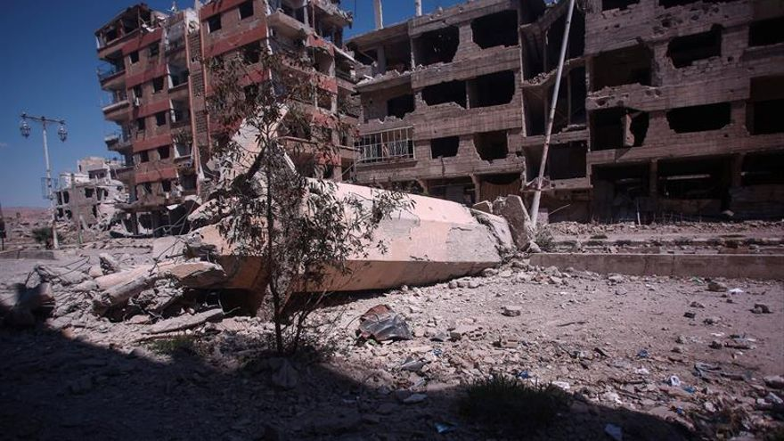 Mueren 56 civiles por supuestos bombardeos de coalición contra el EI en Siria