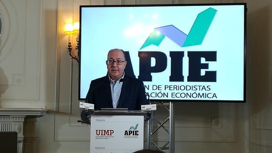 El presidente de la Asociación Española de la Banca (AEB), José María Roldán.
