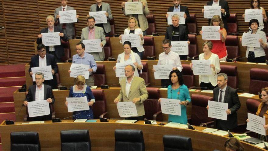 Cortes valencianas guardan un minuto de silencio en conmemoración del aniversario del accidente del metro