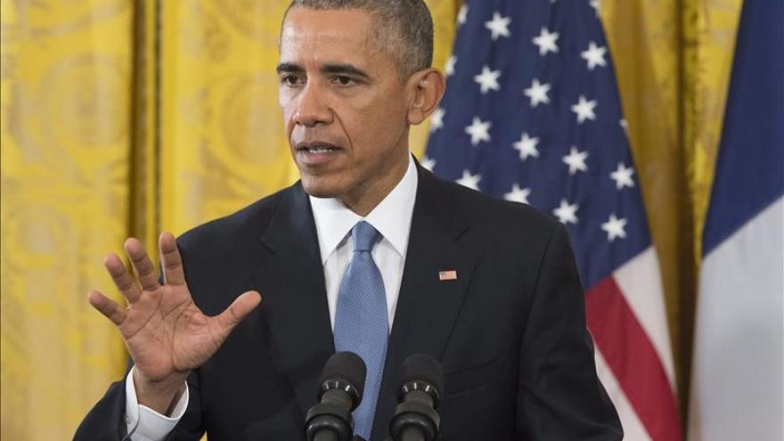 Obama evalúa con su equipo de seguridad los retos en EE.UU. tras los ataques de París
