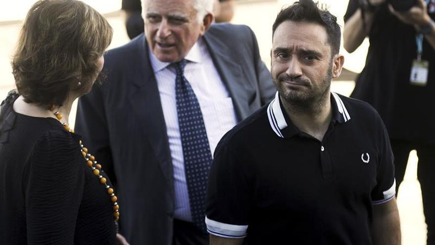 J.A Bayona: No me parece nada interesante lo de Cataluña, da un poco de miedo
