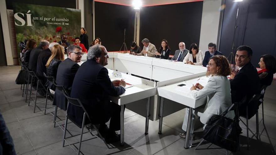 """Sánchez promete un """"pacto político"""" con Cataluña si gobierna"""