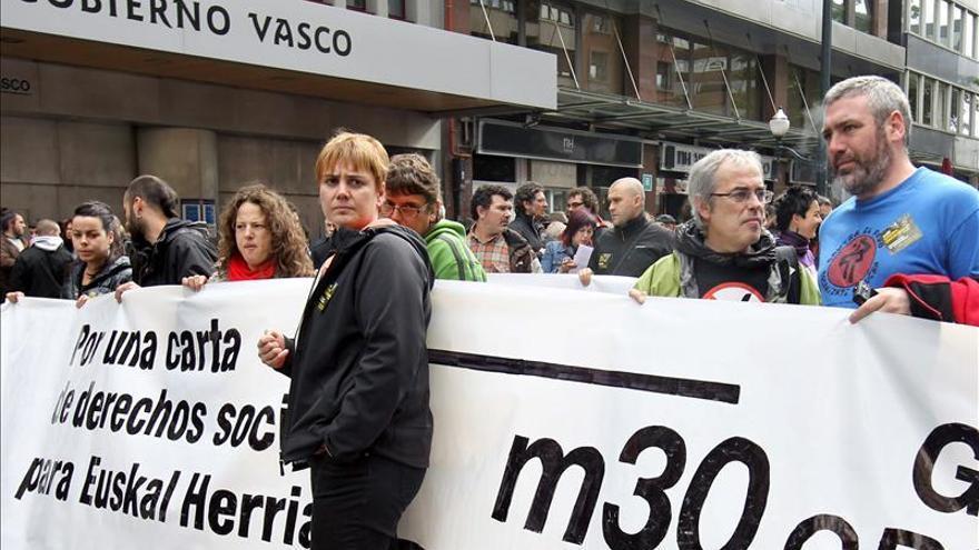 Continúa cortado el metro de Bilbao y atacan otras líneas férreas vascas