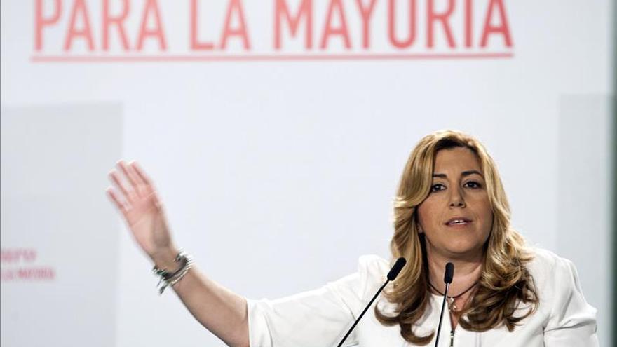 """Díaz tilda de """"patético y de perdedores"""" que PP """"sugiera"""" pactar con el PSOE"""