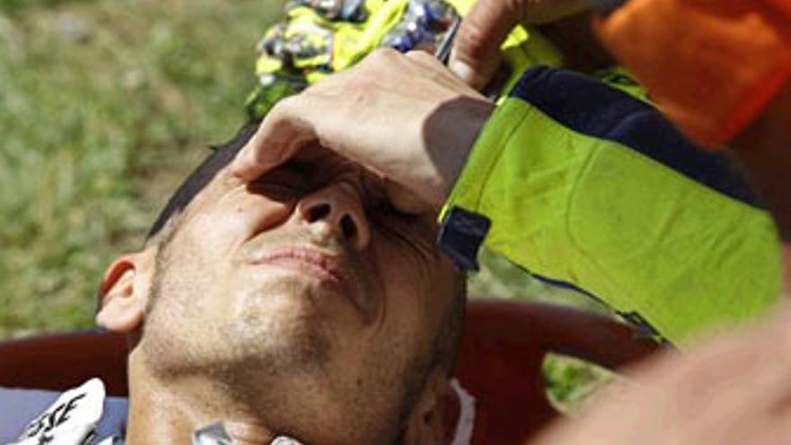Rossi, tras la caída en Mugello. (REUTERS)