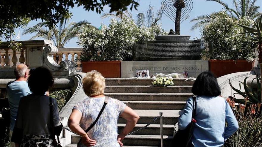 Primer acto en el Paseo de los Ingleses de Niza un año después del ataque yihadista