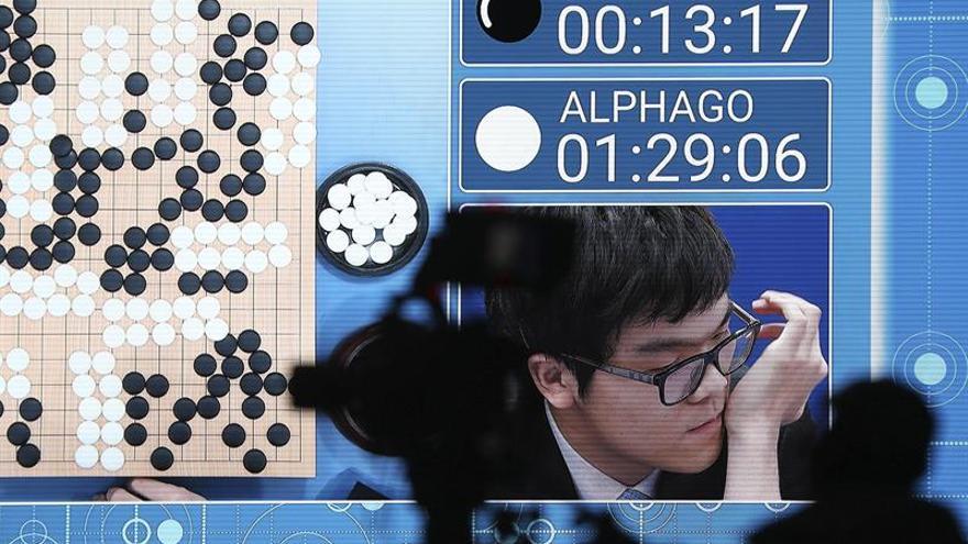 Ke Jie vuelve a perder y Google se impone 3-0 en el duelo hombre-máquina
