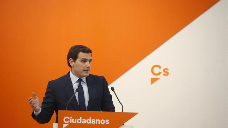 Cs aprovecha una moción sobre el Instituto Cervantes para pedir elecciones