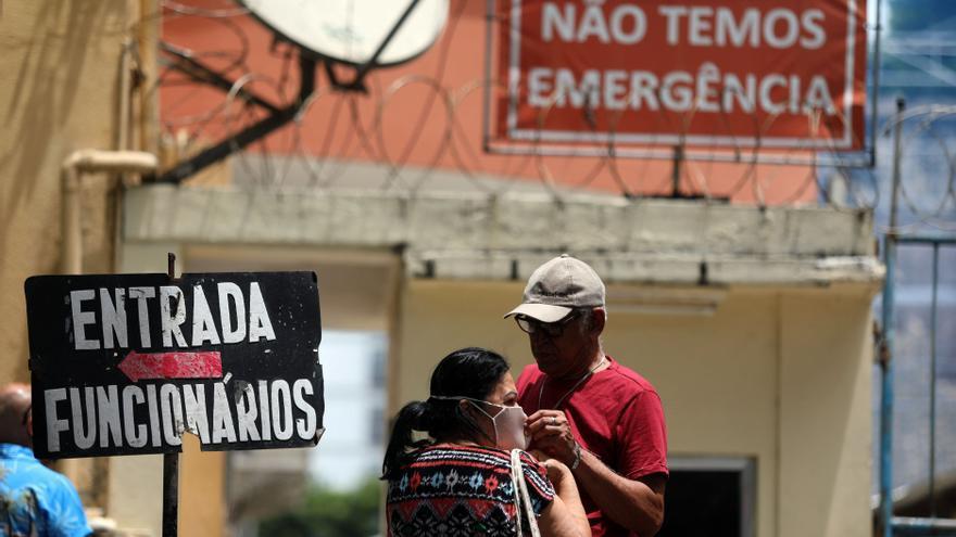 Brasil sufre para comprar más vacunas mientras la pandemia sigue desbocada