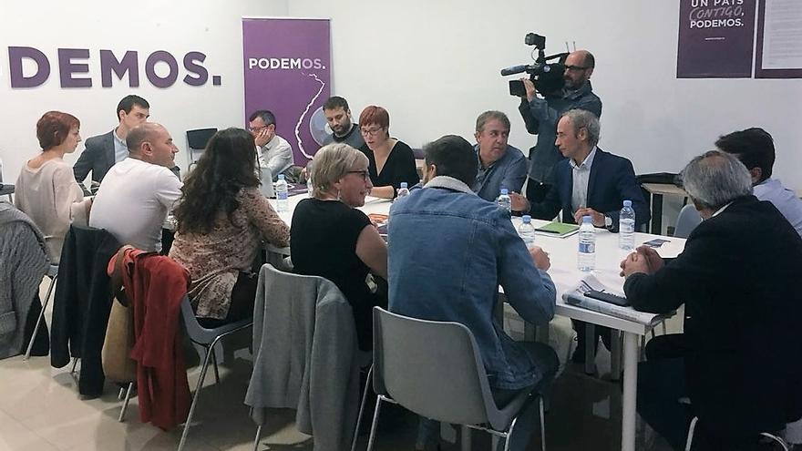 Un instante de la comisión de seguimiento del 'acord del Botànic' con representantes de PSPV, Compromís y Podem