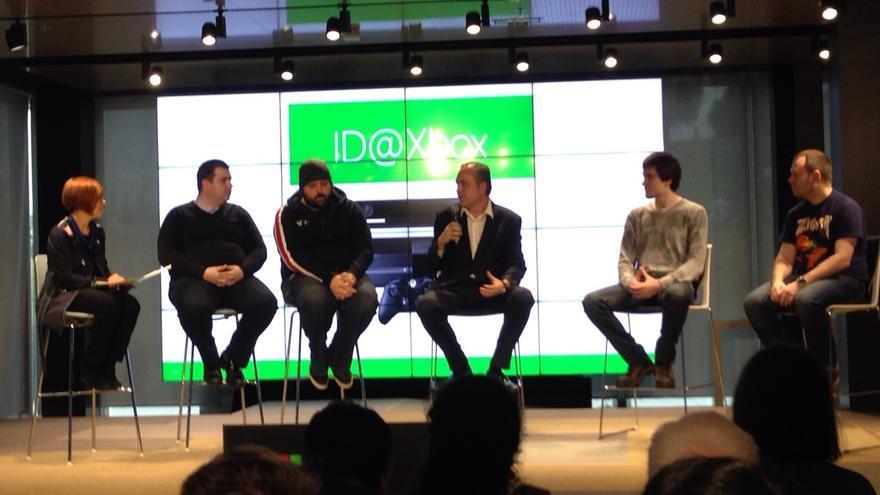 Los desarrolladores indie que participan en la ID@Xbox, comentando el desafío que supone realizar un videojuego