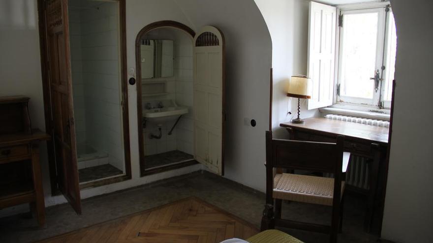 Una de las habitaciones de la hospedería del Valle de los Caídos / Booking.com