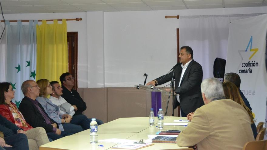 El actual alcalde lagunero de CC, en la asamblea de este lunes, donde resultó elegido candidato por unanimidad