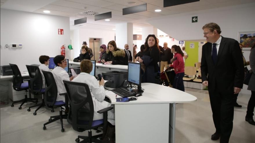 Ximo Puig visita el nuevo centro de salud de Orihuela