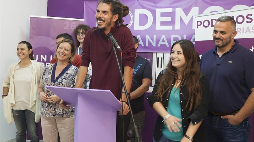 El cabeza de lista de Unidos Podemos al Congreso por Santa Cruz de Tenerife, Alberto Rodríguez. EFE/Ramón de la Rocha