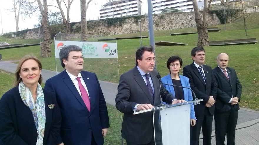 """Esteban (PNV) espera que nadie utilice la agresión a Rajoy para hacer """"partidismo"""""""