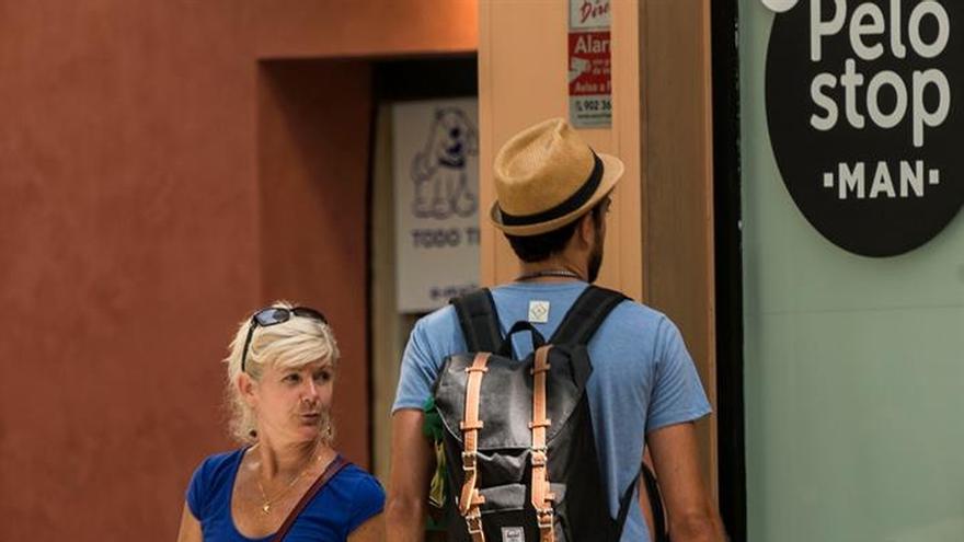 Imagen de archivo de unos turistas