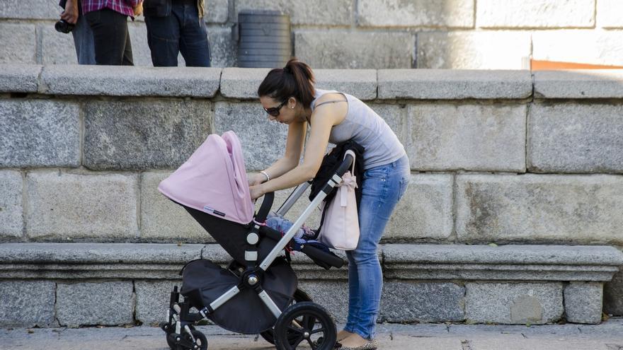 La Diputación concede 65 cheques bebé de 1.000 euros a familias de municipios menores de 5.000 habitantes