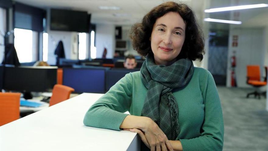 Elsa Punset: Si políticos se reúnen en el espacio, verán que no hay fronteras